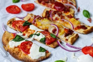naan bread pizza | SImply Nourished Home